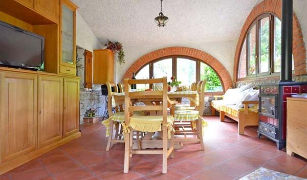 Ferienhaus Ligurien Mit Pool Für 6 Personen In Casarza Ligure   Esszimmer